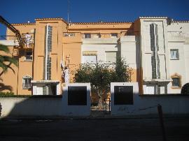 Empapelar Figueres,Colocacion de papel pintado,pintura decorativa,fachadas,estucos,impermehabilizacion